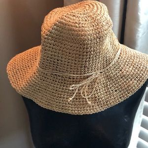 Old Navy beach hat, size s/m, Good used condition